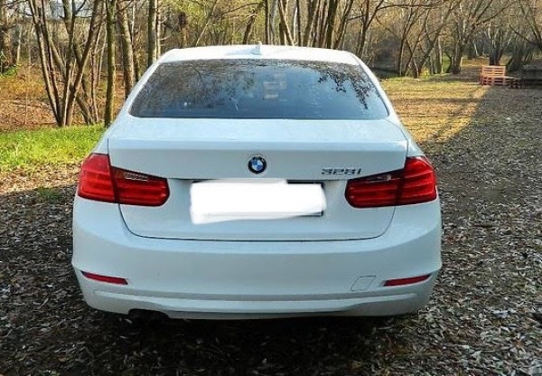 BMW 328 f30